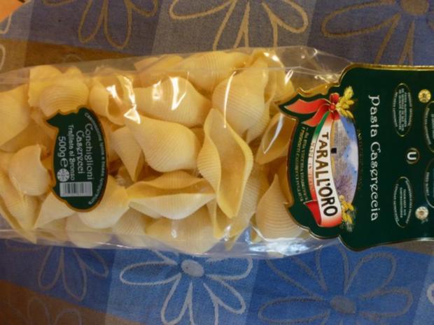 Conchiglioni gefüllt mit würzigem Rosenkohl und mit Käse überbacken - Rezept - Bild Nr. 4