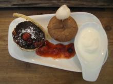 """""""Sister Act"""" - Schokokuchen mit flüssiger Füllung und einem kalten Grießquarkkuchen - Rezept"""