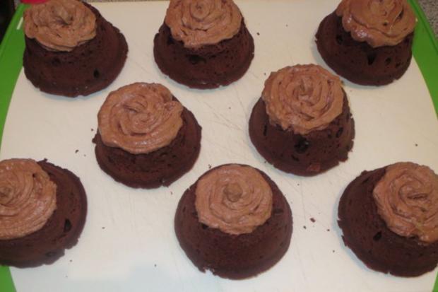 Backen: Schoko-Schoko-Cupcakes - Rezept - Bild Nr. 5