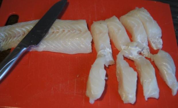 Fischfilet im Bierteig, Spaghettikartoffelkröstie und Brokkoliröschen - Rezept - Bild Nr. 3