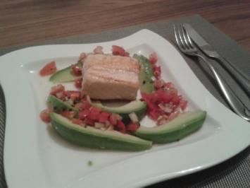 Avocado & Lachs mit Chimichurri - Rezept