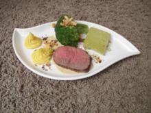 Roastbeef mit Kaffee-Whisky-Sahne-Schaum, Broccoli und Herzoginkartoffeln - Rezept