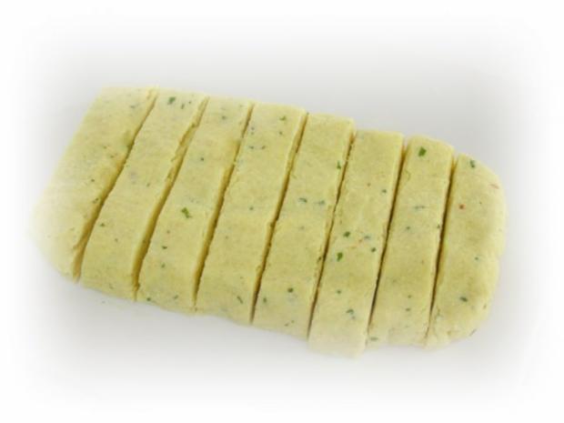 Couscous-Stäbchen zu gebratenem Zanderfilet an Limettensauce - Rezept - Bild Nr. 6