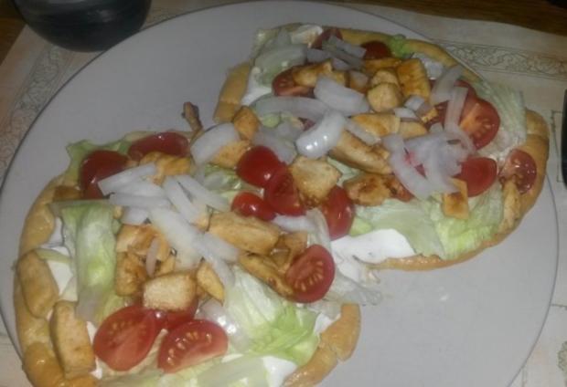 Low Carb Pita mit Hähnchen, Tzaziki & Salat - Rezept - Bild Nr. 2