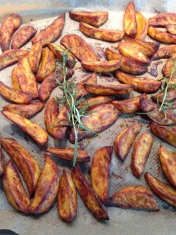 Kartoffelecken / Potato wedges - Rezept