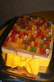 Gummibärchen-Käse-Sahne-Torte - Rezept