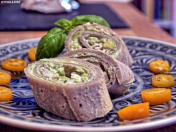 Galettes Bretonnes mit Avocado-Creme und Hähnchenbrust - Rezept