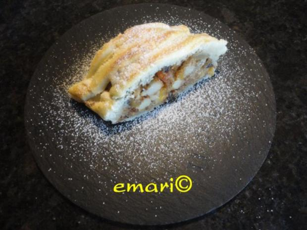 "Advent  Strudel  ""Surprise"" - Rezept"