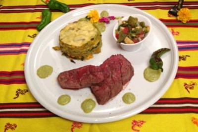 Rezept: Rinderfilet auf Aztekentorte, dazu ein Ceviche aus Kaktusblättern