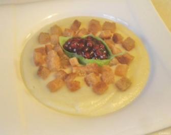 Cremige Pastinaken - Suppe ... weihnachtlich angehaucht ... - Rezept