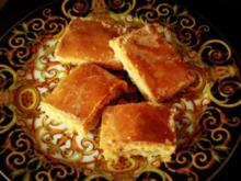 Gedeckter Apfelkuchen vom Blech mit Eischnee und saurer Sahne - Rezept