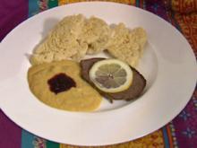 Böhmischer Rinderbraten mit Sahnesoße, Hefeknödel, Preiselbeerkompott (Petra Blossey) - Rezept