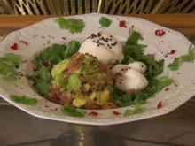 Burrata auf Rucolabett, dazu Lachstatar (Tabea Heynig) - Rezept