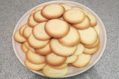 Backen: Butterküsse ... ala Oma - Rezept