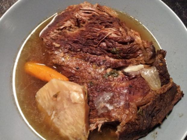 Kraftsuppe vom Rind und Tafelspitz - Rezept