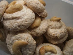 Plätzchen: Cashew-Kisses - Rezept