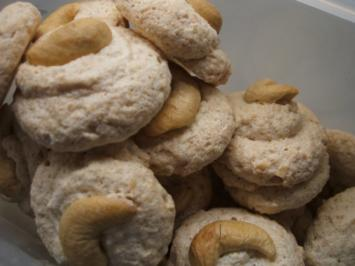 Rezept: Plätzchen: Cashew-Kisses