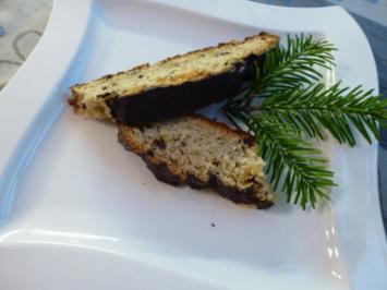 Quark-Hefe-Weihnachststollen - Rezept