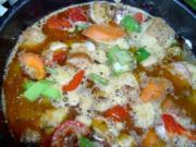 Bunter Gulaschtopf mit Gemüse - Rezept