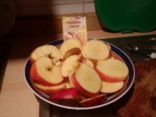 Apfelküchle mit Vanilleeis - Rezept