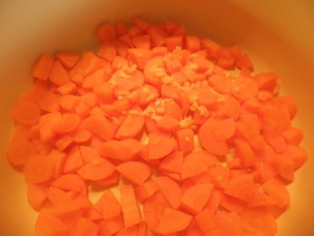 Karotten - Orangen - Mousse, Steckrüben - Apfel - Creme und karamellisierte Kartoffelchips - Rezept - Bild Nr. 4