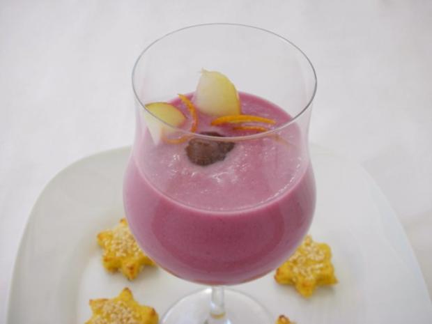 Rotkrautsuppe mit karamellisierten Maronen und Sesam-Sternchen - Rezept - Bild Nr. 16