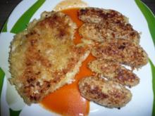 Putenschnitzel in Paprika - Rahm - Soße an Kroketten mit Rotkohl - Apfelsalat - Rezept