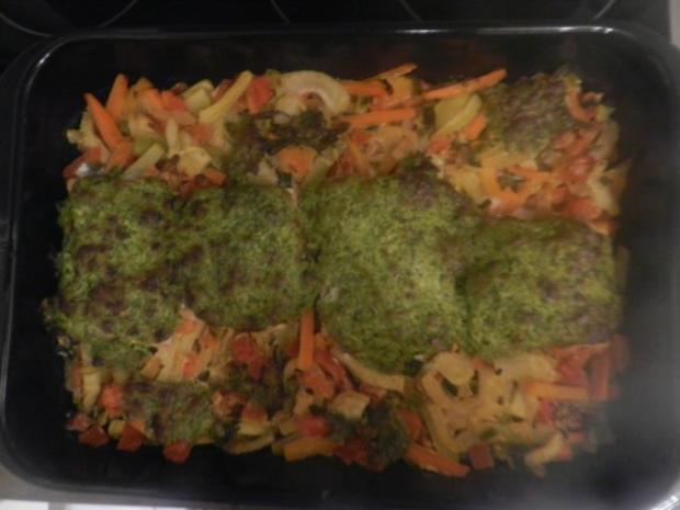 Überbackener Wildlachs auf Gemüse - Rezept - Bild Nr. 5