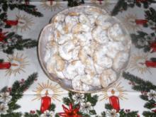 """""""Oma - Friede`s"""" -  Leckere """"Weihnachts - Haselnußhörnchen"""".......(Rzpt. um 1960) - Rezept"""