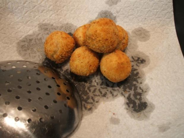 Kartoffeln: Kartoffelbällchen mit Nuss - Rezept - Bild Nr. 7