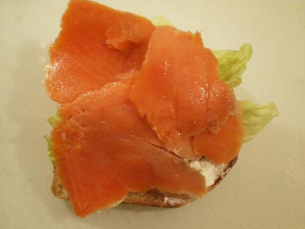 Lachs Toast mit Kapern und Zwiebel - Rezept - Bild Nr. 6