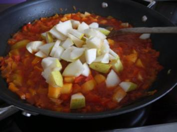 Paprika - Birnengemüse in Tomatensauce - Rezept