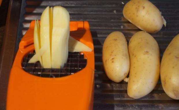 Rostbeef mit Champignons, Zwiebelringen und Pommesfrites - Rezept - Bild Nr. 10