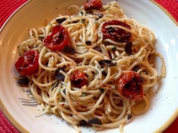Spaghetti mit Trüffel, halbgetrockneten Kirschtomaten und Orangen-Sahnesoße - Rezept