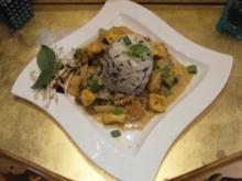 Rotes Heuschrecken Curry mit Wokgemüse - Rezept