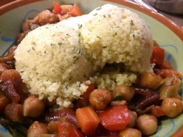 Couscous mit Kichererbsengemüse und Safransahne - Rezept - Bild Nr. 2