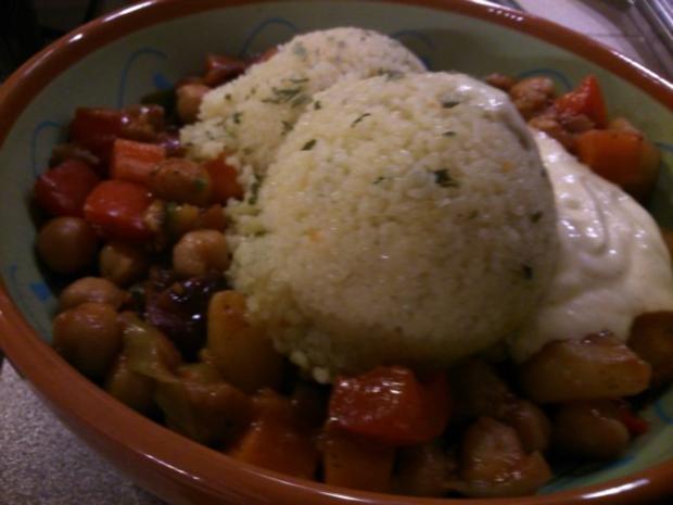 Couscous mit Kichererbsengemüse und Safransahne - Rezept - Bild Nr. 3