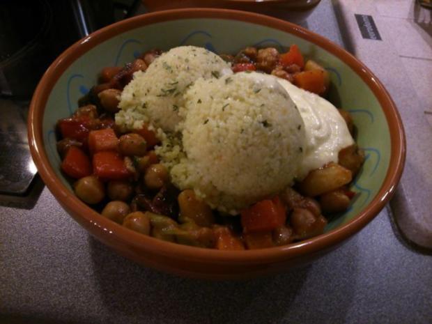 Couscous mit Kichererbsengemüse und Safransahne - Rezept - Bild Nr. 4