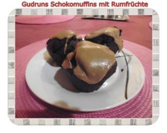 Muffins: Schoko-Muffins mit Rum-Beeren - Rezept