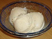 Vanille - Sahneeis - Rezept