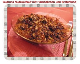 Fleisch: Nudelauflauf mit Hackfleischbällchen - Rezept
