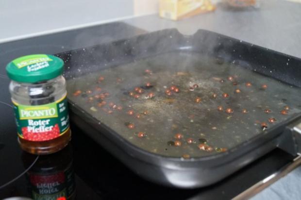 Hüftrindersteak  und roten /schwarzen eingelegten Pfefferkörnern - Rezept - Bild Nr. 4