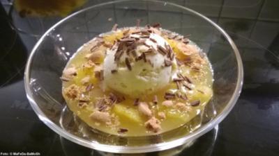 Orangenkompott mit Vanille-Eis - Rezept