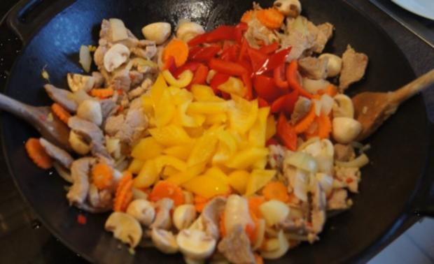 Schweinefilet süß-sauer mit Gemüse und Curry-Reis - Rezept - Bild Nr. 12