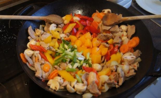 Schweinefilet süß-sauer mit Gemüse und Curry-Reis - Rezept - Bild Nr. 13