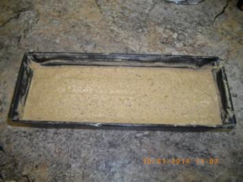 Nußkuchen mit Mandeln und Nugat - Rezept