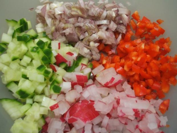 Salate: Eiersalat mit Paprika und Gurke - Rezept - Bild Nr. 3