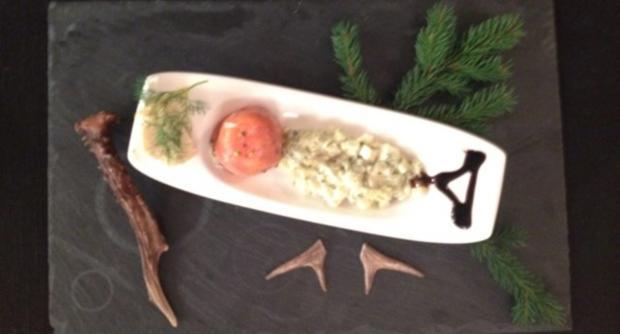 Lachsforellenterrine mit Schmorgurke & Baguette - Rezept