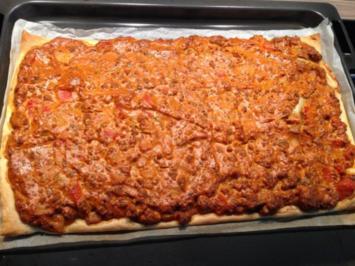 Blätterteig mit Hackfleisch und Paprika - Rezept