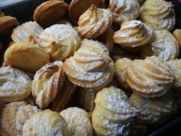Plätzchen: Orangenmarzipan-Busserl - Rezept